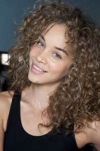 cuely hairstyles 20 super curly hairstyles