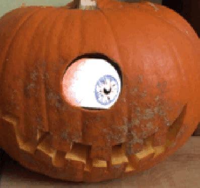 pumpkin carving news reviews    diy