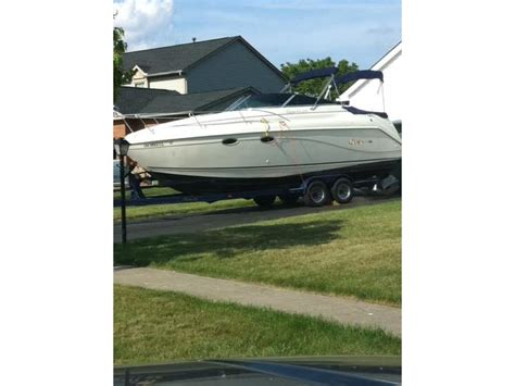 rinker boats for sale in kentucky 2000 rinker 270 fiesta vee powerboat for sale in kentucky