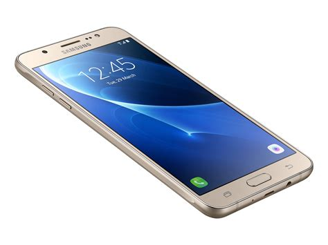 a samsung galaxy j7 samsung galaxy j7 2016 smartphone review notebookcheck net reviews