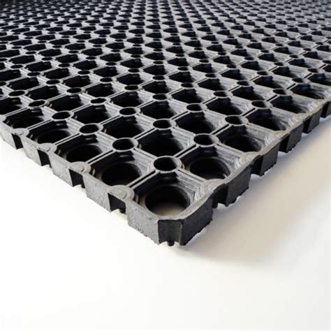 Buy Rubber Matting by Buy Rubber Grass Safety Mat Easi Polymax Uk