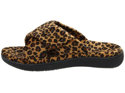 zappos slippers vionic with orthaheel technology relax slipper leopard