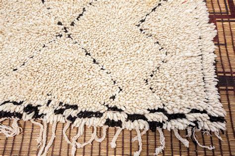 white moroccan rug moroccan white vintage tribal rug at 1stdibs