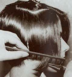 1920s shingles bob haircut images 1920s hairstyles horizontal tapered bob 12 classic bob
