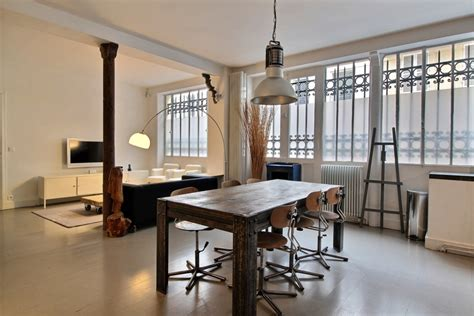 four a micro onde 2160 location apartment bas montmartre 75009 apartment