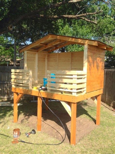 Backyard Fort Ideas Best 25 Backyard Fort Ideas On Outdoor Forts Simple Playhouse And Forts For