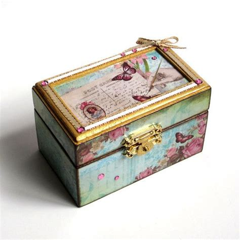 Decoupage On Wooden Boxes - 29 best images about small boxes on shabby