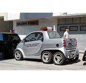 Check Out This Awesome Parade Of Smart Cars