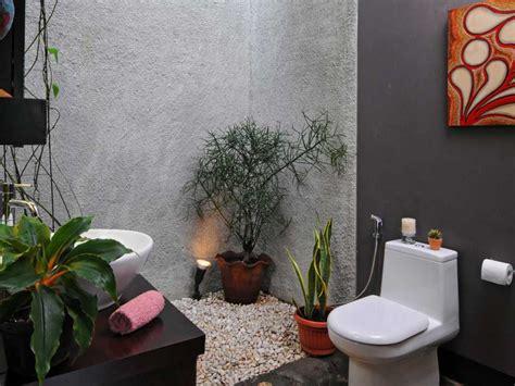 desain kamar mandi semi terbuka contoh desain kamar mandi alam konsep semi terbuka