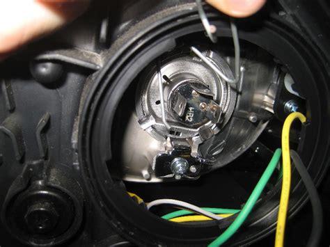 Kia Sorento Headlight Kia Headlight Bulbs Replacement Guide 010