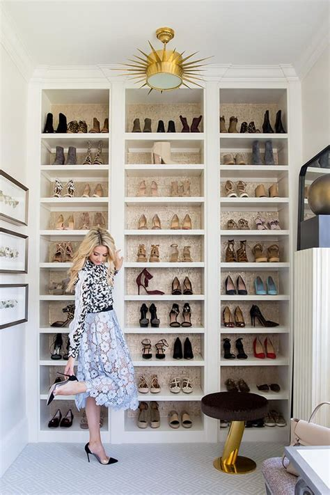 bookshelves for shoes 25 best ideas about shoe shelves on shoe wall