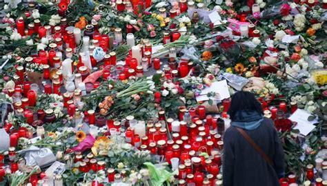 candele fiori fiori e candele top fiori di pannolenci e candele with