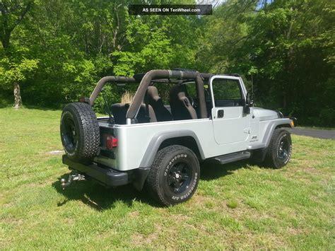 Jeep Wrangler Unlimited 2 Door 2005 Jeep Wrangler Unlimited Sport Utility 2 Door 4 0l 4wd