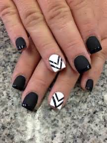 Nail art see more about black white nails white nails and nail designs