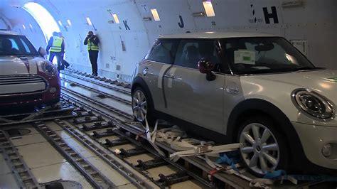 cargo air freight    mini loading  departure