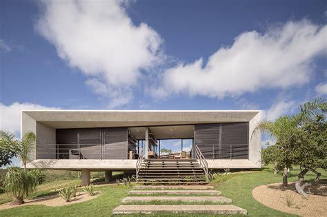 minimal homes casa solar da serra 3 4 arquitetura archdaily brasil