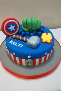 superhelden kuchen 1000 ideen zu superhelden kuchen auf marvel