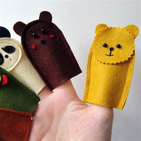 Handmade Finger Puppets - handmade felt wildlife finger puppets by thebigforest