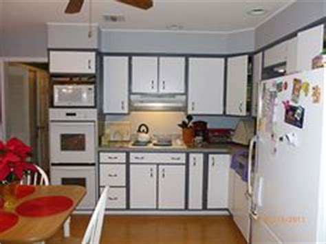 kitchen cabinets with different colored doors 1000 images about color my world paint ideas on