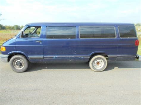 how make cars 2000 dodge ram van 3500 interior lighting buy used 2000 dodge ram 3500 van base extended passenger van 3 door 5 2l great work van in