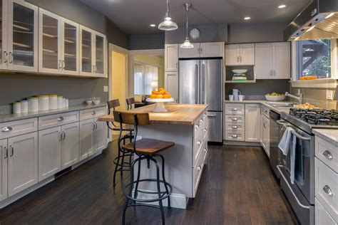 kitchen cabinets colors and designs top 5 kitchen design trends of 2015