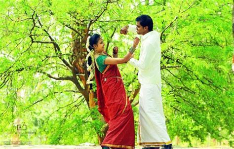25 Beautiful Kerala Wedding Photography examples and Top