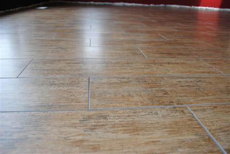 Installing Wood Look Tile How To Install Wood Look Ceramic Tile Flooring Gurus Floor