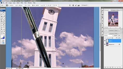 taufiqh membuat gambar sketsa jam gadang