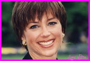 original 70s dorothy hamel hairstyle how to picture of dorothy hamill wedge haircut hairstyles