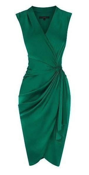 cocktail jurken green 17 best ideas about emerald dresses on pinterest green