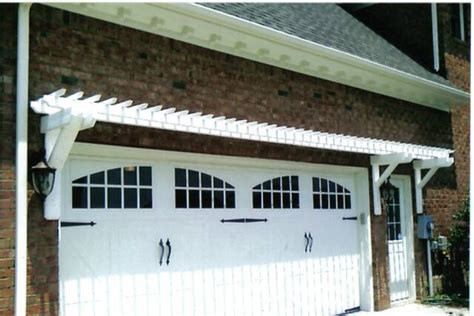 Garage Door Pergola by Garage Doors On Garage Pergola Carriage