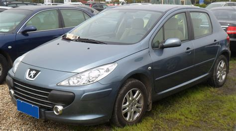 file peugeot 307 hatch facelift 2 china 2012 04 15 jpg