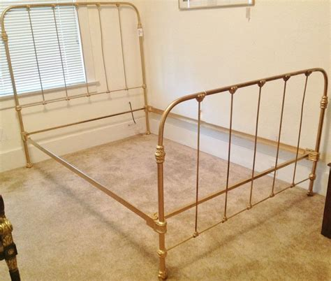 Antique Bed Frames Metal Vintage Metal Bed Frames Diy Furniture Beds Mattresses Bed Frames Divan Bases Decorate My House