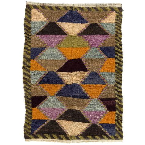 Colorful Modern Rugs Colorful Mid Century Modern Quot Tulu Quot Rug For Sale At 1stdibs
