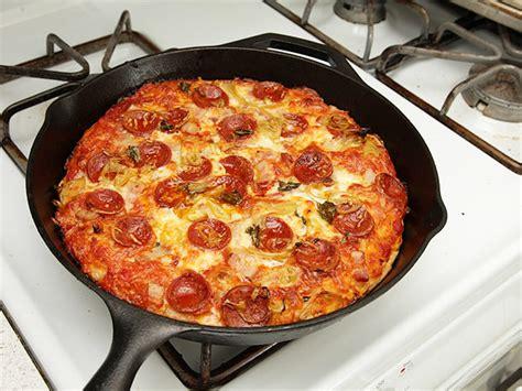 kolay pratik resimli pizza tarifleri nefis yemekler foolproof pan pizza recipe serious eats