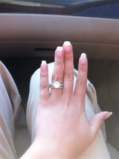 How To Wear A Wedding Ring Set   Jewelry Ideas