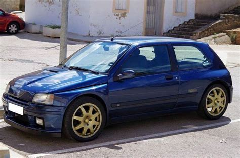 old renault clio renault clio williams classic cars renault pinterest