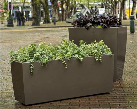 Landscape Forms Planters Sorella Planter Landscape Forms Artform Furniture