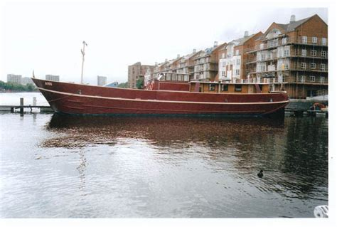 boat and mooring for sale london boat moorings london london tideway moorings boat for