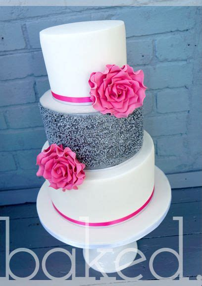 Silver Wedding Cakes by 25 Best Ideas About Pink Silver Weddings On