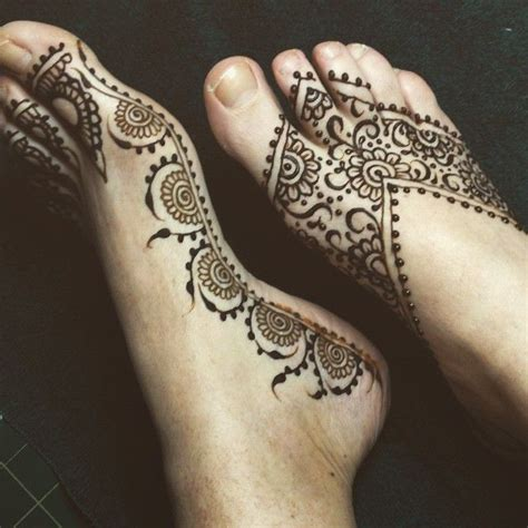 henna tattoo on ankle 25 best ideas about simple foot henna on foot