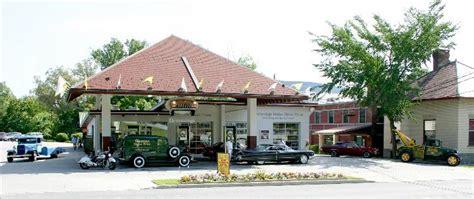 hemmings motor news museum mohawk valley corvette club trip to the hemmings motor