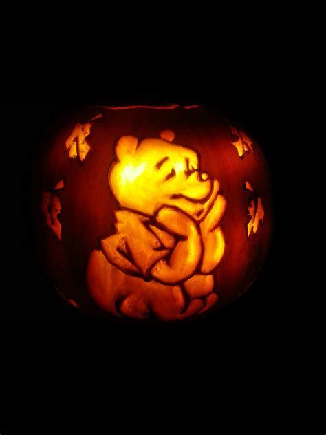 winnie  pooh pumpkin halloween  shineydays  deviantart