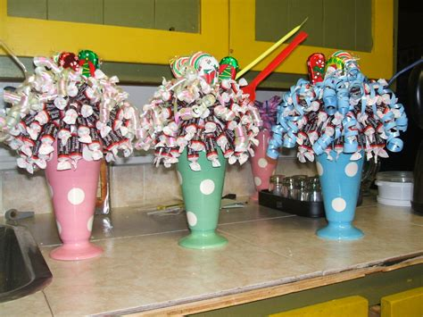 how to do a christmas candy sunday centerpiece licious bouquets sundaes