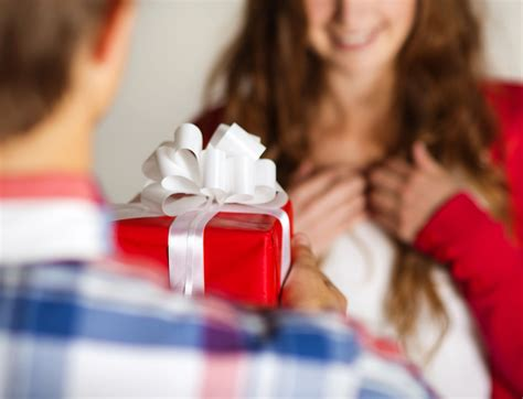 gifts for couples 7 gift ideas for maintaining connection uniting