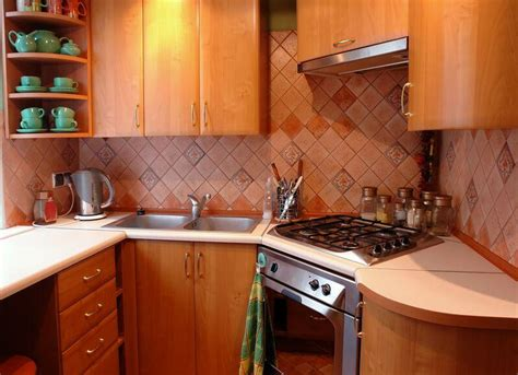 Remodeling Small Kitchen Ideas شكل مطبخ صغير خشبي زاوية المرسال