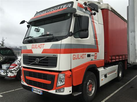volvo transport marquage camion volvo transport guilhot agence