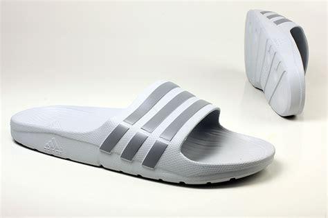 Duramo Slide B26321 Sandal Adidas sandal adidas untuk pria wanita 100 original best
