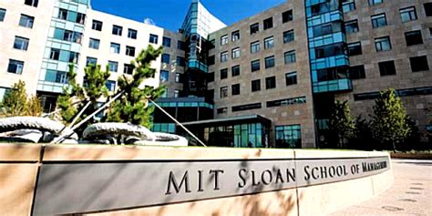 Sloan Mba Class Profile by Mit S Sloan School Of Management Master Of Finance