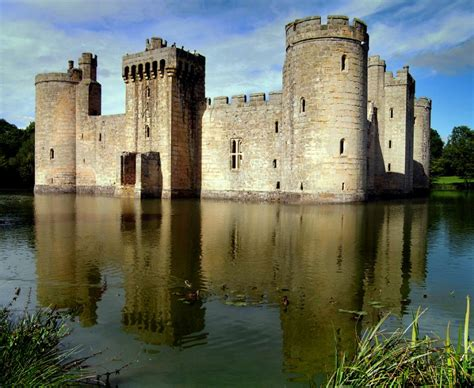 historical castles bodiam castle bodiam united kingdom history and visitor information